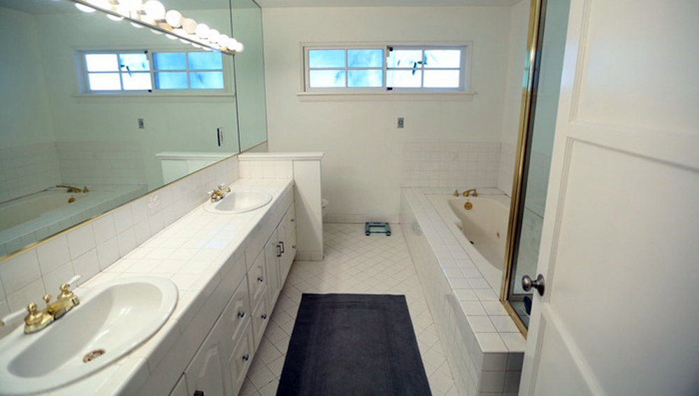 Bathroom renovation and remodelling before Toronto