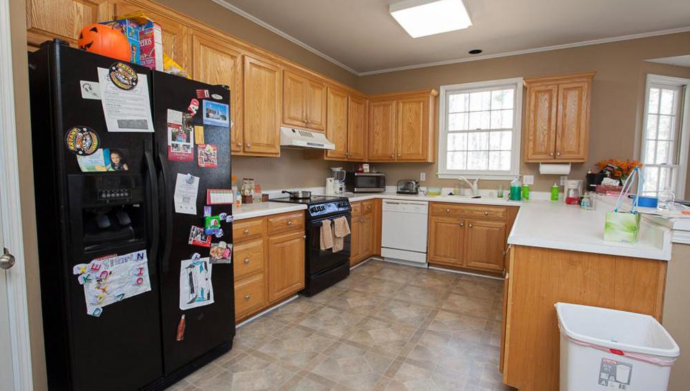 Before kitchen renovation Toronto
